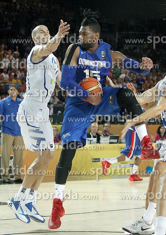02.09.2014, City Arena, Bilbao, ESP, FIBA WM, Finnland vs Dominikanische Republik, im Bild Findlan's Tuukka Kotti (l) and Dominican Republic's Jack Martinez // during FIBA Basketball World Cup Spain 2014 match between Finland and Dominican Republic at the City Arena in Bilbao, Spain on 2014/09/02. EXPA Pictures &copy; 2014, PhotoCredit: EXPA/ Alterphotos/ Acero<br /> <br /> *****ATTENTION - OUT of ESP, SUI*****