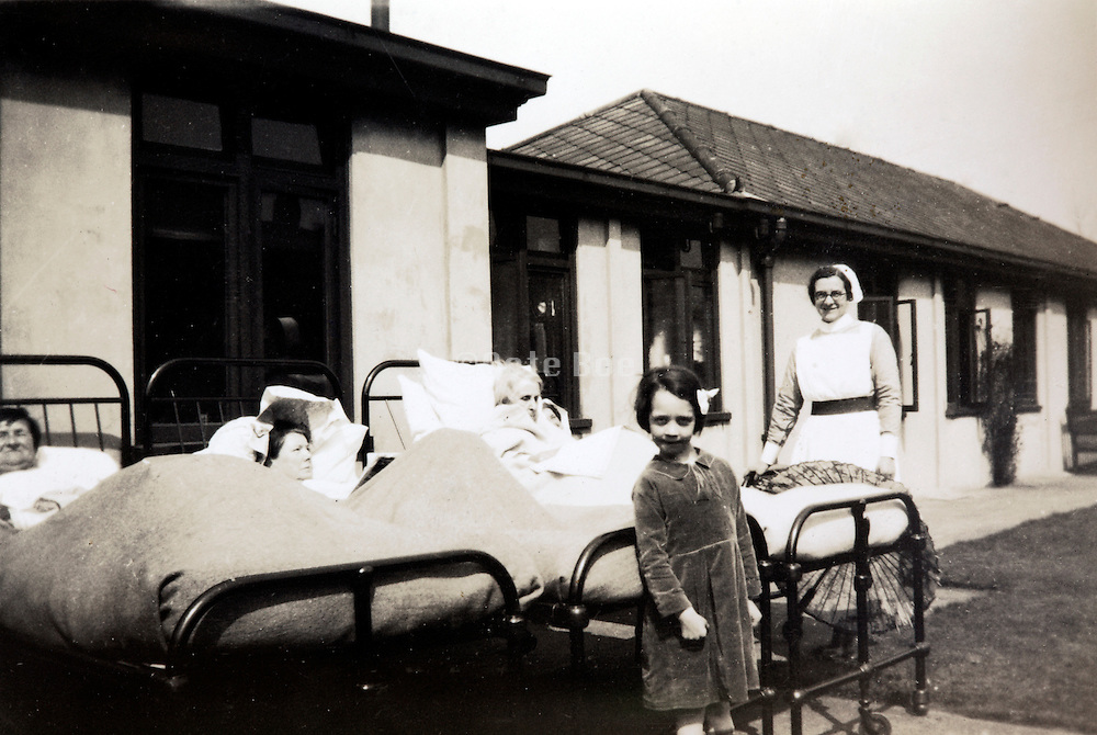 sanitarium like hospital England 1920s 1930s