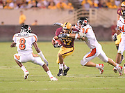 Tempe,AZ - 09-25-04- ASU Sundevils' WR Terry Richardson with the ball in the first quarter against the Oregon State Beavers in both teams' Pac-10 opener. The Sundevils won 27-14 and are 4-0 in their season.  Ross Mason photo