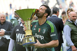 May 19, 2018 - Turin, Piedmont, Italy - Juventus FC captain Gianluigi Buffon celebrate with the Scudetto Cup after winning of the Italian championship 2017-2018, on the day of his last match with Juventus, at the Allianz stadium on May 19, 2018 in Turin, Italy. (Credit Image: © Massimiliano Ferraro/NurPhoto via ZUMA Press)