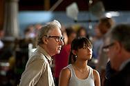 Roma 9 Agosto  2011.Il set del  film The Bob Decameron di Woody Allen, a Piazza della Repubblica.Woody Allen sul set del film con la figlia Manzie.