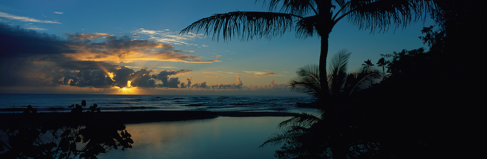 Sunrise, Wailua, Kauai, Hawaii<br />