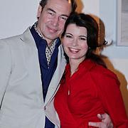 NLD/Amsterdam/20110209 - Premiere Blind Vertrouwen, Erik Vogel en partner Caroline de Bruin