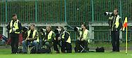 n/z.: fotoreporter , media , nn , Wojciech Grzedzinski (Superexress) , Przemyslaw Wierzchowski (PAP) , Wlodzimiez Sierakowski , Zbigniew Luchcinski (Polonia) , Bartosz Bobkowski (Gazeta Wyborcza) , Polonia Warszawa (czarne) - Korona Kielce (czerwono-zolte) 1:3 , Puchar Polski , rozgrywki grupowe sezon 2004/2005 , pilka nozna , Polska , Warszawa , 21-09-2004 , fot.: Adam Nurkiewicz / mediasport.pl..Photographers during Polish Soccer Cup match in Warsaw. September 21, 2004 ; Polonia Warszawa (black) - Korona Kielce (red-yellow) 1:3 ; Polish Soccer Cup , season 2004/2005 , football , Poland , Warsaw ( Photo by Adam Nurkiewicz / mediasport.pl )