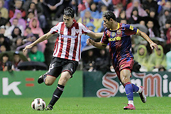 25.09.2010, San Mames, Bilbao, ESP, Primera Division, Athletic Bilbao vs FC Barcelona, im Bild Atletic de Bilbao's Andoni Iraola (l) and FC Barcelona's Adriano Correia during La Liga match. EXPA Pictures © 2010, PhotoCredit: EXPA/ Alterphotos/ Acero +++++ ATTENTION - OUT OF SPAIN / ESP +++++