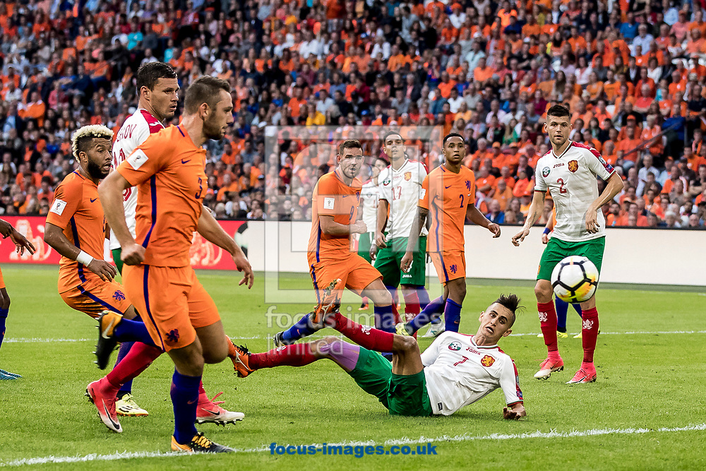 Georgi Kostadinov of Bulgaria (M) scores 2-1 during the 2018 FIFA World Cup Qualifying match at Amsterdam Arena, Amsterdam<br /> Picture by Joep Joseph Leenen/Focus Images Ltd +316 5261929<br /> 03/09/2017<br /> ***NETHERLANDS OUT***