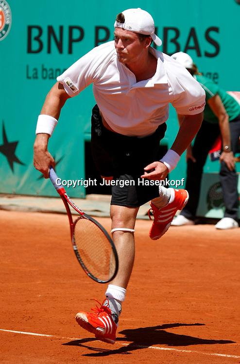 French Open 2010, Roland Garros, Paris, Frankreich,Sport, Tennis, ITF Grand Slam Tournament, ..Evgeny Korolev (KAZ) ....Foto: Juergen Hasenkopf..