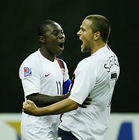 Fotball<br /> VM U20 - Canada<br /> 03.07.2007<br /> Foto: imago/Digitalsport<br /> NORWAY ONLY<br /> <br /> USA<br /> Freddy Adu (li.) und Danny Szetela (beide USA U 20) - Torjubel