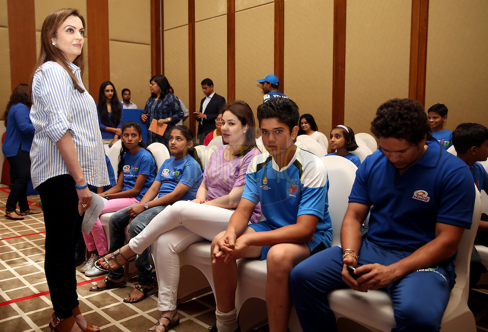 Nita Ambani owner of Mumbai Indians and Sachin Tendulkar with his Family During Mumbai Indians Eduction For All Function.<br /> Photo by Sandeep Shetty / IPL / SPORTZPICS