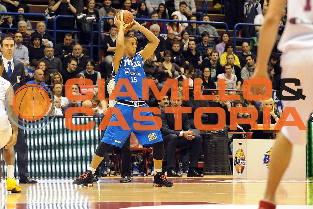 DESCRIZIONE : Milano Agos Ducato All Star Game 2011<br /> GIOCATORE : Daniel Hackett<br /> SQUADRA : Italia Nazionale Maschile<br /> EVENTO : All Star Game 2011<br /> GARA : Italia All Star Team<br /> DATA : 13/03/2011<br /> CATEGORIA : Passaggio<br /> SPORT : Pallacanestro<br /> AUTORE : Agenzia Ciamillo-Castoria/ L.Goria<br /> Galleria : FIP Nazionali 2011<br /> Fotonotizia :  Milano Agos Ducato All Star Game 2011<br /> Predefinita :