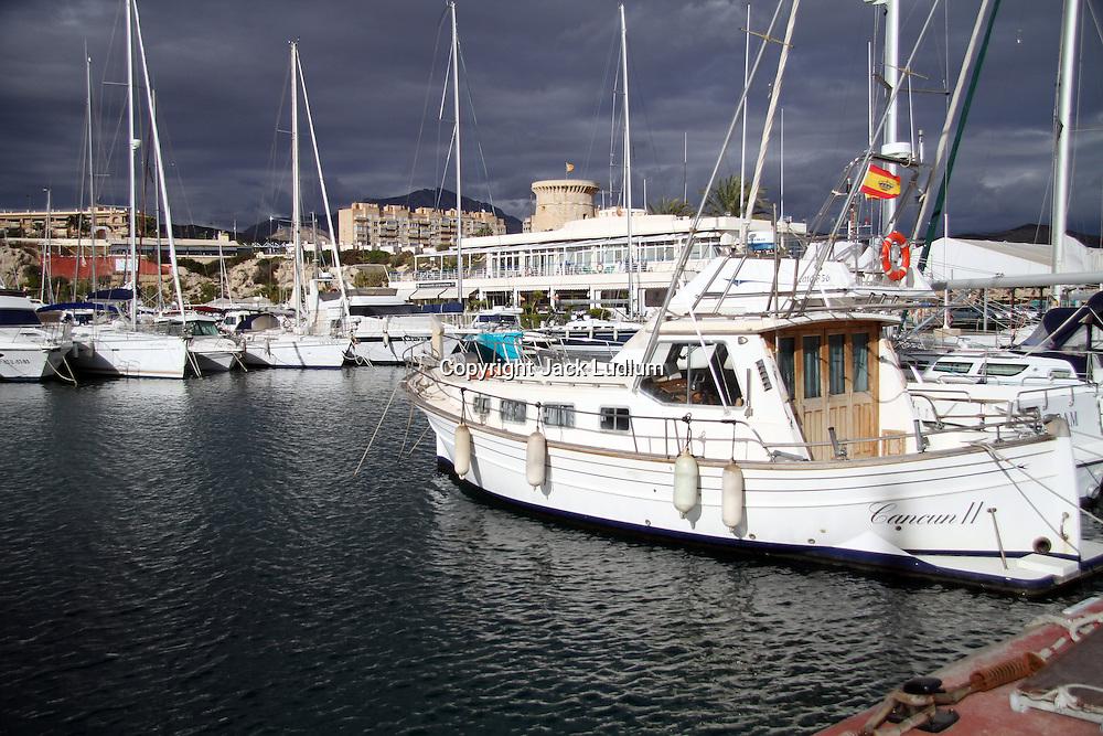 El Campello,yachts,overcast,boat club,Alicante,
