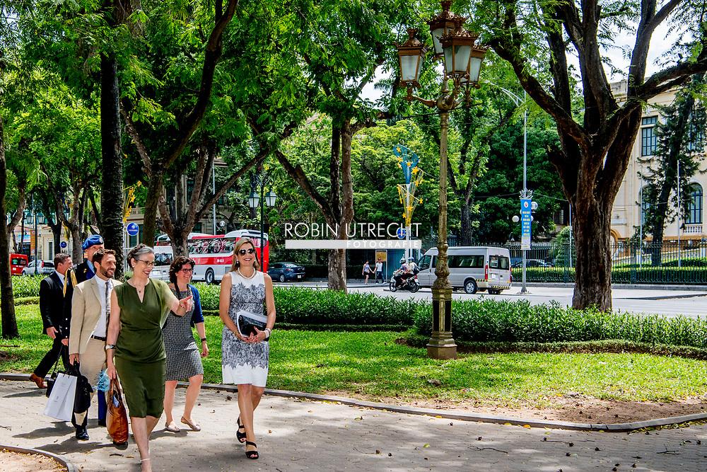 1-6-2017 - HANOI VIETNAM -  State Bank of Vietnam Rondetafelgesprek over de voorbereiding van de Nationale Strategie voor Inclusieve Financiering.  . Queen Maxima, in her capacity as Special advocate of the Secretary-General of the United Nations, for Inclusive Finance for Development, will visit the Socialist Republic of Vietnam on Tuesday, May 30, and Thursday, June 1, 2017. COPYRIGHT ROBIN UTRECHT <br /> <br /> 1-6-2017 - HANOI VIETNAM -   Rondetafelgesprek over de voorbereiding van de Nationale Strategie voor Inclusieve Financiering.  State Bank of Vietnam. Koningin Maxima bezoekt in haar hoedanigheid van speciale pleitbezorger van de secretaris-generaal van de Verenigde Naties voor inclusieve financiering voor ontwikkeling (inclusive finance for development) de Socialistische Volksrepubliek Vietnam van dinsdag 30 mei en met donderdag 1 juni 2017.  COPYRIGHT ROBIN UTRECHT NETHERLANDS ONLY !!