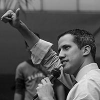Protesta contra el Apagon Nacional en Venezuela