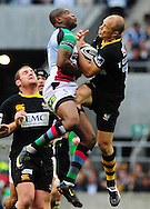 London - Saturday, 5th September, 2009: Mark Van Gisbergen of London  Wasps and Ugo Monye of Harlequins during the Guinness Premiership match at Twickenham, London. ..(Pic by Alex Broadway/Focus Images)