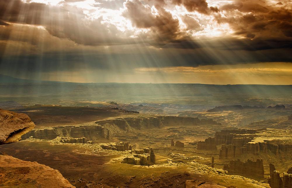 Mesa Arch, Canyonlands National Park, UT