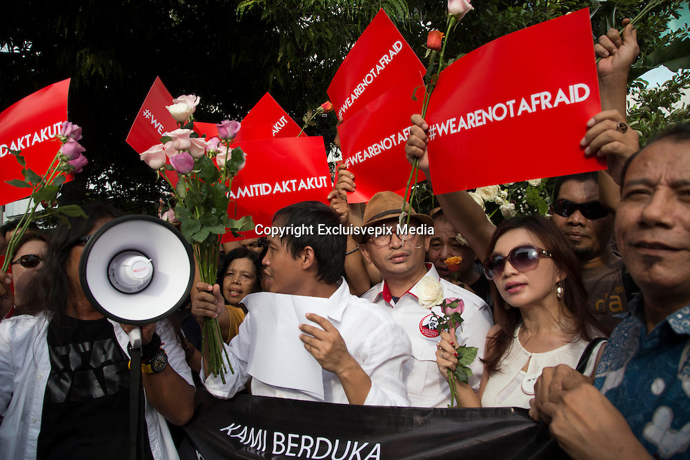 "Jakarta, Indonesia, 15 January 2016 : Hundreds of people gathered in front of Starbuck Coffee bombing location to give solidarity to the victim of the bombing. They yell ""we are not affraid"" to the act terrorist that killed seven people. <br /> ©Excluisvepix Media"