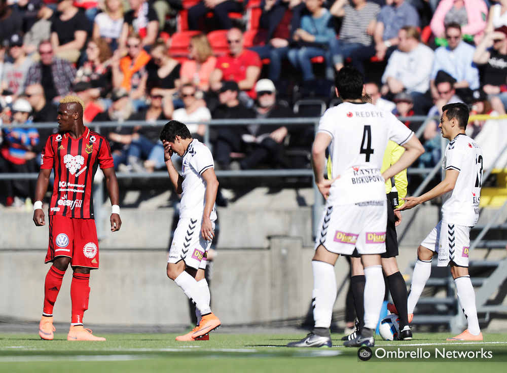 OSTERSUND, SWEDEN - MAY 07: Romário Pereira Sipiao of Kalmar FF dejected during the Allsvenskan match between Östersunds FK and Kalmar FF at Jamtkraft Arena on May 7, 2016 in Ostersund, Sweden. Foto: Nils Petter Nilsson/Ombrello