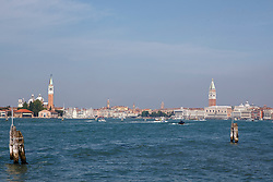 THEMENBILD - Eine Ansicht von Venedig mit dem Campanile und Dogenpalast am 13. Mai 2017 in Venedig // An overview of Venice with Campanile Tower and Doge's Palace on 13 May 2017. EXPA Pictures © 2017, PhotoCredit: EXPA/ Erwin Scheriau