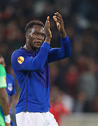 LILLE, FRANCE - Thursday, October 23, 2014: Everton's Romelu Lukaku applauds the supporters after the goalless draw with Lille OSC during the UEFA Europa League Group H match at Stade Pierre-Mauroy. (Pic by David Rawcliffe/Propaganda)