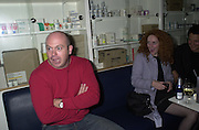 Ros Kemp and Rebekah Wade. My Canape Hell book launch. Pharmacy. 5 October 2000. © Copyright Photograph by Dafydd Jones 66 Stockwell Park Rd. London SW9 0DA Tel 020 7733 0108 www.dafjones.com