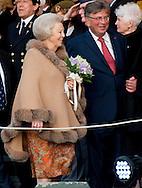 5-5-2015 AMSTERDAM - King Willem-Alexander, Queen Maxima and Princess Beatrix of The Netherlands and Canadese premier  Ben Harper and his Wife Alice attend the Concert on the Amstel at the end of Liberation day, The Netherlands, 5 May 2015 COPYRIGHT ROBIN UTRECHT<br /> <br /> 5-5-2015 AMSTERDAM - Koning Willem-Alexander, koningin Maxima en prinses Beatrix zwaaien na afloop van het 5 mei-concert dat wordt georganiseerd ter gelegenheid van de Afsluiting Nationale Viering van de Bevrijding. Het concert vindt traditiegetrouw plaats op en rond de Amstel voor Koninklijk Theater Carre . AMSTERDAM - Prinses Beatrix, koning Willem-Alexander en koningin Maxima wonen het 5 mei-concert bij als afsluiting van de Nationale Viering van de Bevrijding . Prinses Beatrix, koning Willem Alexander, koningin M&aacute;xima, de Canadese premier Stephen Harper en zijn vrouw Laureen en minister-president Mark Rutte wonen het Bevrijdingsconcert op de Amstel bij. COPYRIGHT ROBIN UTRECHT