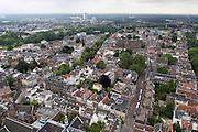 Uitzicht over Utrecht in oostelijke richting, met centraal de Lange Nieuwstraat.<br /> <br /> View over Utrecht in eastern direction.
