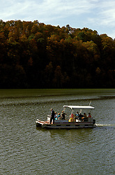 TN: Along the Tennesse River, Fall color, tnsmok201  .  Photo copyright Lee Foster, www.fostertravel.com, 510/549-2202, lee@fostertravel.com