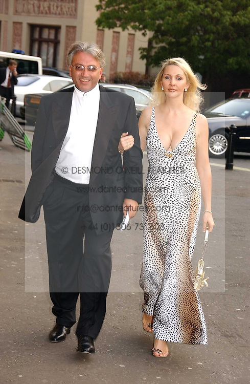 ROBERT & HEATHER TCHENGUIZ at the NSPCC's Dream Auction held at The Royal Albert Hall, London on 9th May 2006.<br /><br />NON EXCLUSIVE - WORLD RIGHTS
