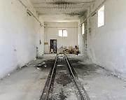 Officina, stazione Genzano. Potenza, 11 agosto 2013. Christian Mantuano / OneShot