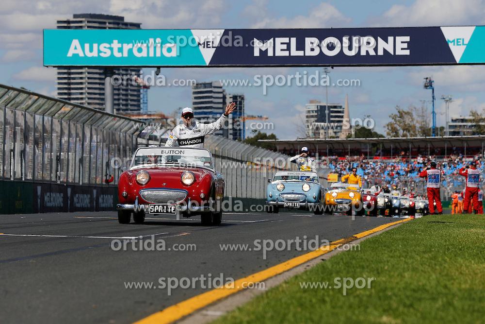 20.03.2016, Albert Park Circuit, Melbourne, AUS, FIA, Formel 1, Grand Prix von Australien, Rennen, im Bild Jenson Button (GBR) McLaren on the drivers parade // during Race for the FIA Formula One Grand Prix of Australia at the Albert Park Circuit in Melbourne, Australia on 2016/03/20. EXPA Pictures &copy; 2016, PhotoCredit: EXPA/ Sutton Images/ Gasperotti/<br /> <br /> *****ATTENTION - for AUT, SLO, CRO, SRB, BIH, MAZ only*****