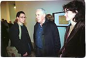 Howard Hodgkin, Product: Richard Hamilton private view, Gagosian Gallery. London. 13 January 2003.  © Copyright Photograph by Dafydd Jones 66 Stockwell Park Rd. London SW9 0DA Tel 020 7733 0108 www.dafjones.com