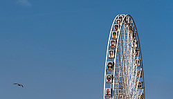 09.06.2016, Paris, FRA, UEFA Euro, Frankreich, Vorberichte, im Bild Teilansicht des Riesenrad Roue de Paris mit Portraits der teilnehmenden Mannschaften der UEFA Euro // Closeup view of Ferris wheel Roue de Paris with portraits of the teams are be part of the UEFA Euro during preperation for the UEFA EURO 2016 France. Paris, France on 2016/06/09. EXPA Pictures © 2016, PhotoCredit: EXPA/ JFK