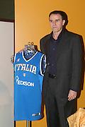 MILANO 16.04.2009<br /> PRESENTAZIONE DELLO SPONSOR EDISON DELLA NAZIONALE<br /> NELLA FOTO CARLO RECALCATI <br /> FOTO CIAMILLO