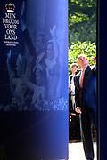 Het Droomboek is vandaag gepresenteerd op Paleis Het Loo in Apeldoorn. Het eerste exemplaar van het boek met toekomstdromen voor ons Koninkrijk werd aangeboden aan Koning Willem-Alexander in het bijzijn van honderden trotse inzenders van de dromen en Koningin Maxima.<br /> <br /> The Dream Book is presented today at Het Loo Palace in Apeldoorn. The first copy of the book with dreams of the future for our Kingdom was offered to King Willem-Alexander in front of hundreds of proud contributors of the dreams and Queen Maxima.<br /> <br /> Op de foto / On the photo: <br />   Koning Willem Alexander en koningin Máxima verrichte de opening van de tentoonstelling<br /> <br /> King Willem Alexander and Máxima Queen performed the opening of the exhibition