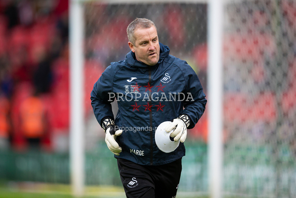 STOKE-ON-TRENT, ENGLAND - Saturday, January 25, 2020: Swansea City's coach Martyn Margetson during the pre-match warm-up before the Football League Championship match between Stoke City FC and Swansea City FC at the Britannia Stadium. (Pic by David Rawcliffe/Propaganda)