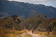 Santana do Riacho_MG, Brasil...Parque Nacional da Serra do Cipo. Na foto turistas...The National Park Serra do Cipo. In this photo, the tourists...Foto: LEO DRUMOND / NITRO