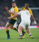 Twickenham, Great Britain, with the ball, Adam ASHLEY-COOPER, during the Pool A game, England vs Australia.  2015 Rugby World Cup, Venue, RFU Stadium, Twickenham, Surrey, ENGLAND.  Saturday  03/10/2015<br /> Mandatory Credit; Peter Spurrier/Intersport-images]