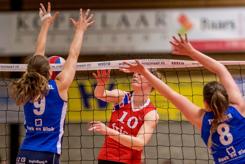 06-05-2017 NED: Finale play off Sliedrecht Sport - VC Sneek, Sliedrecht<br /> Sliedrecht is Nederlands kampioen 2016-2017 / Klaske Sikkes #10 of Sneek