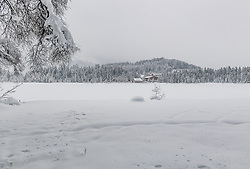 THEMENBILD - Tief Winterliche bedingungen rund um Kitzbuehel, aufgenommen am 10. Jänner 2019, Kitzbuehel, Oesterreich // Deep winter conditions around Kitzbuehel at Kitzbuehel, Austria on 2019/01/10. EXPA Pictures © 2019, PhotoCredit: EXPA/ Stefan Adelsberger