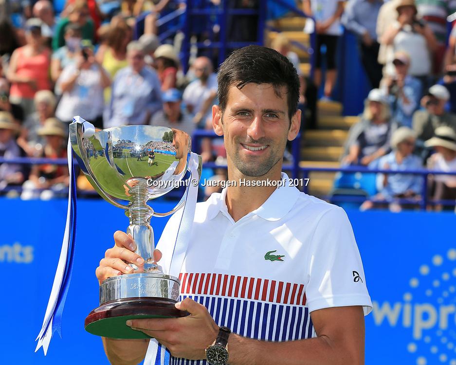 NOVAK DJOKOVIC (SRB) mit Pokal, Finale, Endspiel<br /> <br /> Tennis - Aegon International Eastbourne - ATP -  Devonshire Park Lawn Tennis Club - Eastbourne -  - Great Britain  - 1 July 2017. <br /> &copy; Juergen Hasenkopf