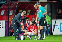ALKMAAR - 06-02-2016, AZ - Vitesse, AFAS Stadion, 1-0, AZ speler Levi Opdam, blessure