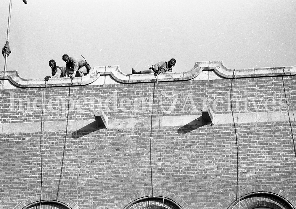 Irish Army Ranger Wing Training Drill, Repelling down the side of a Building, at the Curragh, 23/10/1984 (Part of the Independent Newspapers Ireland/NLI Collection).