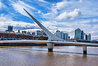 La Puente De La Mujer (The Women's Bridge)