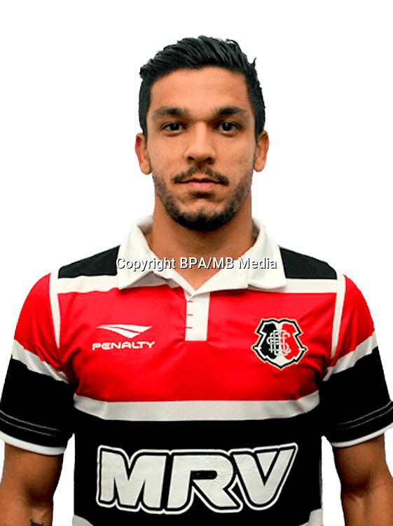 Brazilian Football League Serie B 2017 / <br /> ( Santa Cruz Futebol Clube ) - <br /> Everton Leandro dos Santos Pinto - Everton Santos