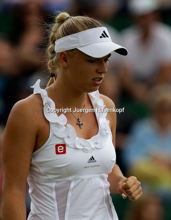 Wimbledon Championships 2011, AELTC,London,.ITF Grand Slam Tennis Tournament . Caroline Wozniacki (DEN) macht die Faust,Einzelbild,Aktion,Hochformat,