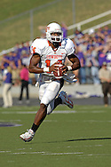 Oklahoma State quarterback Bobby Reid rushes up field against Kansas State at Bill Snyder Family Stadium in Manhattan, Kansas, October 7, 2006.  The Wildcats beat the Cowboys 31-27.<br />