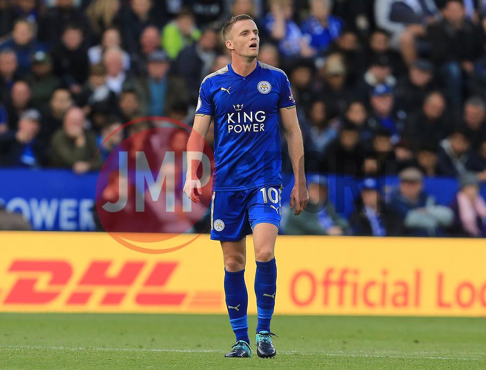 Eden Hazard of Chelsea - Mandatory by-line: Paul Roberts/JMP - 09/09/2017 - FOOTBALL - King Power Stadium - Leicester, England - Leicester City v Chelsea - Premier League