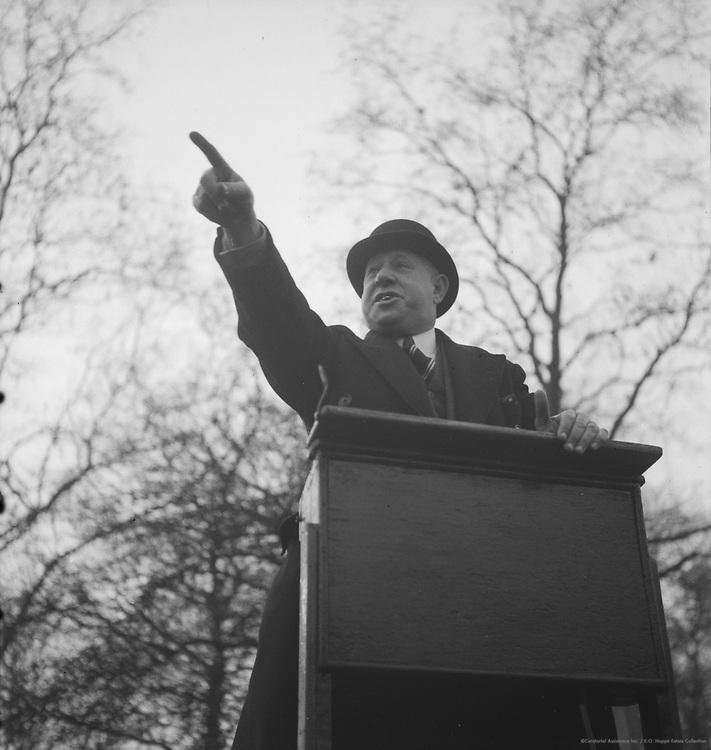 Hydes Park Orators, London, England, 1937