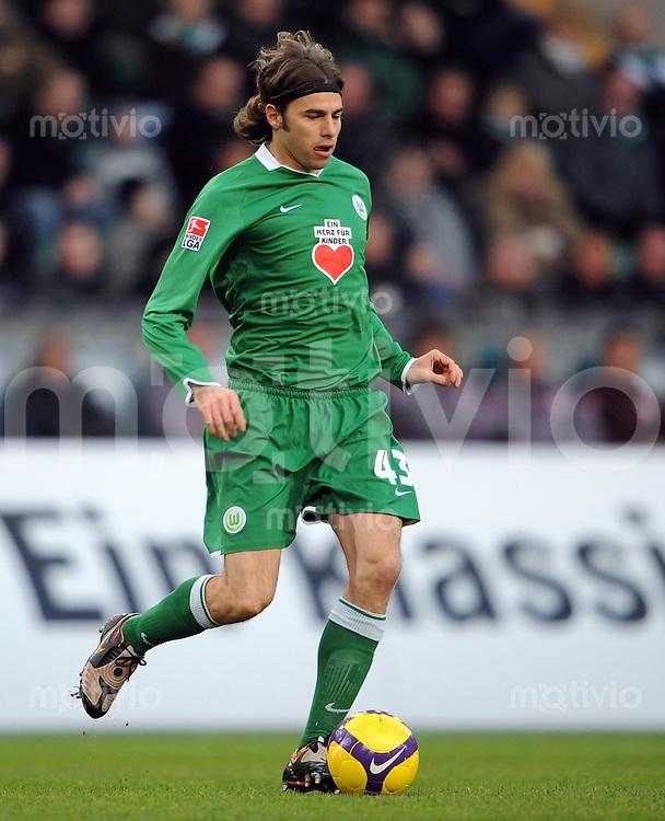 FUSSBALL   1. BUNDESLIGA   SAISON 2008/2009   14. SPIELTAG VfL Wolfsburg - VfB Stuttgart          22.11.2008 Andrea BARZAGLI (VfL Wolfsburg)