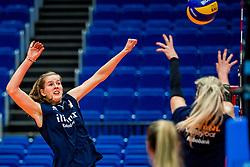 18-10-2018 JPN: World Championship Volleyball Women day 19, Yokohama<br /> Training day Netherlands in Yokohama Arena / Tessa Polder #20 of Netherlands